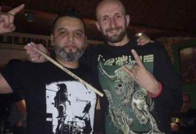 NEOBIČAN HOBI Zeničanin dobio 55 bubnjarskih palica muzičara iz cijele regije, još želi NJIHOVE