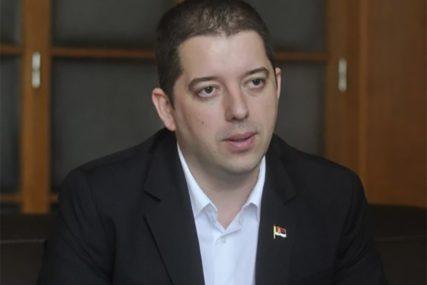 SASTANAK ZAKAZAN ZA SEPTEMBAR Đurić: Priština pokušava da opstruiše razgovore u Bijeloj kući