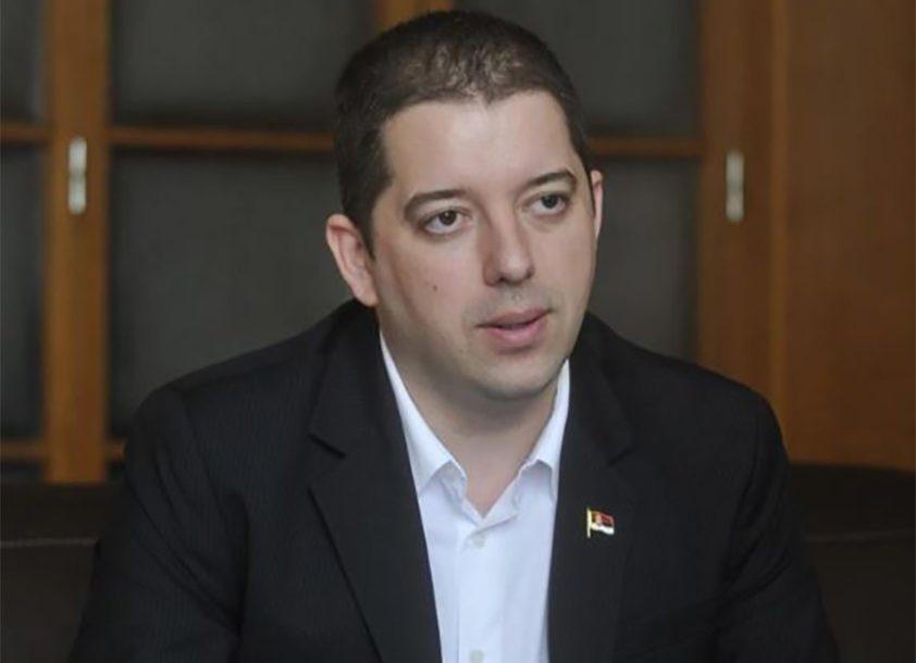 """ĐURIĆ OŠTRO """"Sa Srbijom se ne razgovara jezikom ucjena"""""""