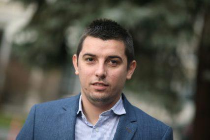 """""""OSUDITI I PROCESUIRATI"""" Šulić ističe da su prijetnje novinarima NEDOPUSTIVE"""