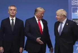 BRITANSKI PREMIJER SE NEVJEŠTO BRANIO Novinarka pitala Džonsona da li Trampa uzima za ozbiljno