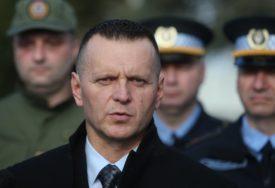 """""""NIKOGA NE PROVOCIRAMO"""" Lukač precizirao da će u DEFILEU biti oko 2.400 UČESNIKA"""