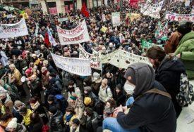 HAOS U FRANCUSKOJ Policija koristila palice i suzavac protiv demonstranata, UHAPŠENO 59 LJUDI