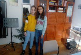 """Marina i Marija partneri predsjednice Srpske: Mlade flautistkinje u humanitarnoj akciji """"S LJUBAVLJU HRABRIM SRCIMA"""""""