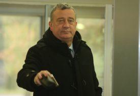 """""""BORENOVIĆ JE LAŽNI OPOZICIONAR"""" Tubin tvrdi da PDP iz koristi sarađuje sa SNSD"""