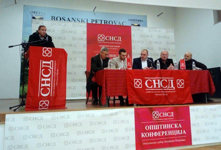 JEDNOGLASNO IZABRAN Nemanja Davidović novi predsjednik Opštinskog odbora SNSD Bosanski Petrovac
