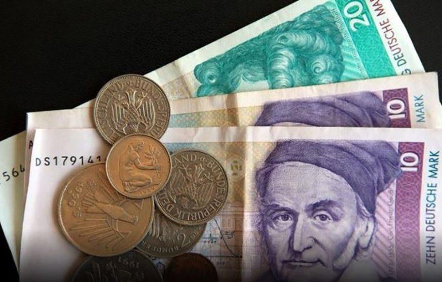 BEZ OBZIRA NA EVRO Nijemci kod kuće još čuvaju 12,46 milijardi maraka
