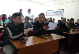 VEĆA OTKUPNA CIJENA Počelo potpisivanje ugovora za proizvodnju krastavaca