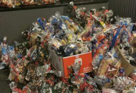 OPREZ ZA VRIJEME PRAZNIKA Inspektori otvaraju paketiće i kontrolišu slatkiše
