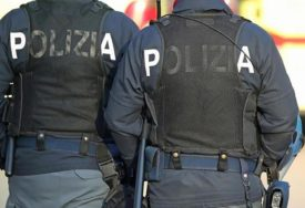 POLICAJCU PRIJETI OTKAZ ZBOG HITLERA Dvojnik nacističkog lidera prekršio njemačke zakone (VIDEO)