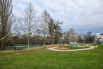 RAZONODA ZA NAJSTARIJE Obilićevo dobija šahovsko igralište kod bivšeg Zelenog mosta