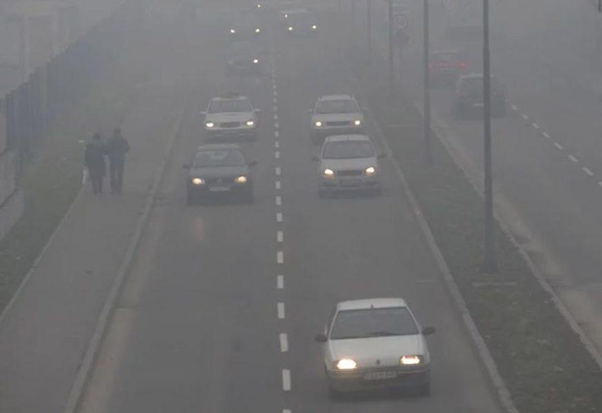 KONTROLE ZBOG ZAGAĐENOSTI Sarajevska policija na putevima provodi mjere vlade
