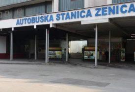 """""""NEMA GORIVA, NEMA PLATA"""" Stali svi autobusi Zenicatransa"""
