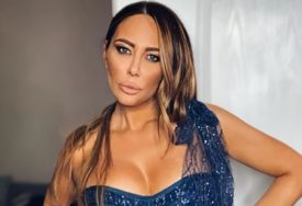 DJEVOJKA OD ČOKOLADE ZAPALILA INSTAGRAM Ana Nikolić u ultra kratkoj haljini pokazala GOLE NOGE (VIDEO)