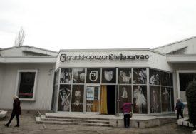 """""""Dijelimo sudbinu ljudi sa kojima živimo"""" Gradsko pozorište """"Jazavac"""" vrijedno radi na novim predstavama"""