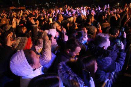 U Barseloni danas PROBNI ROK KONCERT: 5.000 ljudi u publici, na ulazu obavezan test, u hali nošenje maske