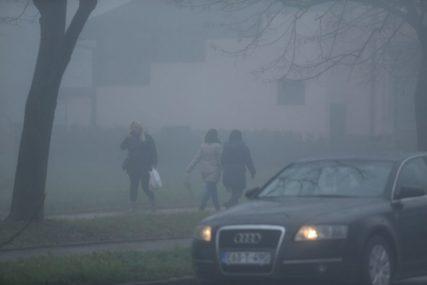 VOZAČI, OPREZNO! Magla značajno smanjuje vidljivost u ovim PODRUČJIMA