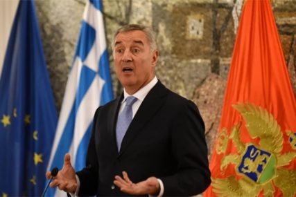 Milo Đukanović odlučan: Zakon o slobodi vjeroispovijesti NEĆEMO POVUĆI