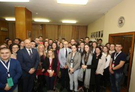 Novi Sad: Počeli susreti mladih iz Srbije i Republike Srpske