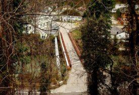 ZBOG RADOVA BEZ PROLAZA VOZILA Most u Srpskim toplicama sutra zatvoren za saobraćaj