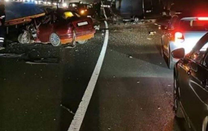 STRAVIČNI PRIZORI U nesreći u Hrvatskoj jedna osoba poginula, dvoje povrijeđeno (FOTO)