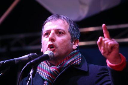 """""""SVETINJE SE BRANE U CRNOJ GORI"""" Vukanović o napadima na njega zbog događaja u Mrkonjićima"""