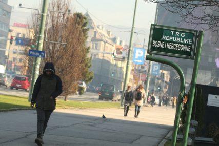 Djelimični lokdaun u Sarajevu: Zatvoreni kafići, rijetki šetači na ulicama