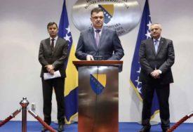 PREMIJERI SLOŽNI Tegeltija: Do kraja januara sjednica Savjeta ministara i Vlada Srpske i FBiH