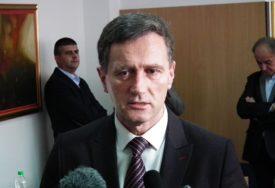 GUBITNIK DANA Boško Jugović