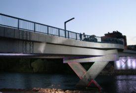 ZELENI MOST ČEKA KUMA Godinu dana prošlo od završetka gradnje novog mosta, a od imena još ništa