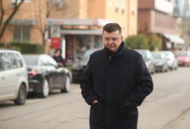 ZAMIŠLJEN Tegeltija prošetao Banjalukom čekajući potvrdu imenovanja za predsjedavajućeg (FOTO)