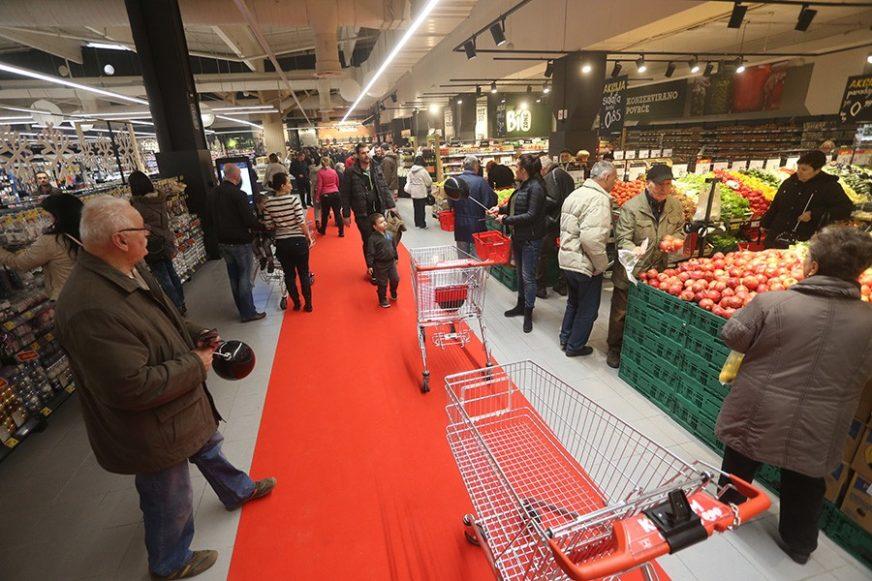BROJKE NE LAŽU Manja praznična potrošnja u Srpskoj OTKRIVA KAKO ZAPRAVO ŽIVIMO