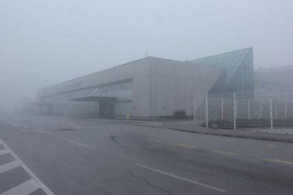 GUSTA MAGLA I SMOG Zbog smanjene vidljivosti otkazani letovi sa aerodroma u Sarajevu