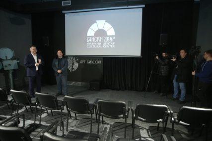 """Projekcija filma """"Specijalno vaspitanje"""" u Art bioskopu Banskog dvora"""