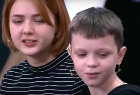 SJEĆATE SE ŠOKANTNE PRIČE DARIJE (14) I IVANA (10) Djevojčica prvi put pokazala bebu i sve razotkrila (FOTO)