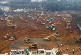 """""""TO JE ONO U ČEMU SU DOBRI"""" Kako Kina uspijeva da izgradi čitave bolnice za PET DO DESET DANA? (VIDEO)"""