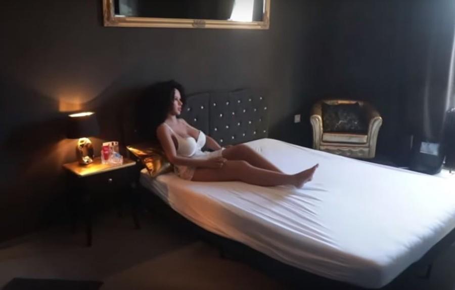 Besplatni download japanski seks