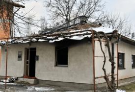 POŽAR NA KUĆI Ugašen sat i po nakon ponoći, u potpunosti izgorio krov