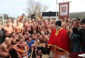 BEZ LITIJA I PRISUSTVA LJUDI Ove godine na Dunavu u Zemunu simbolično plivanje za Časni krst