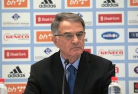 """BAJEVIĆ PREDSTAVIO POMOĆNIKE """"Vranješ sam odlučuje hoće li u reprezentaciju"""""""