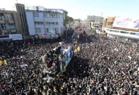 TRAGIČAN BILANS Povećava se broj poginulih u stampedu tokom sahrane iranskog generala