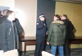 INCIDENTI MEĐU SOCIJALISTIMA Policija izuzela snimke sa nadzornih kamera
