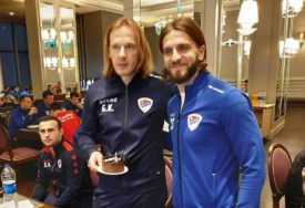 PRIPREME BORCA U ANTALIJI Igrači trenirali dva puta, pa Kruniću čestitali rođendan (VIDEO)