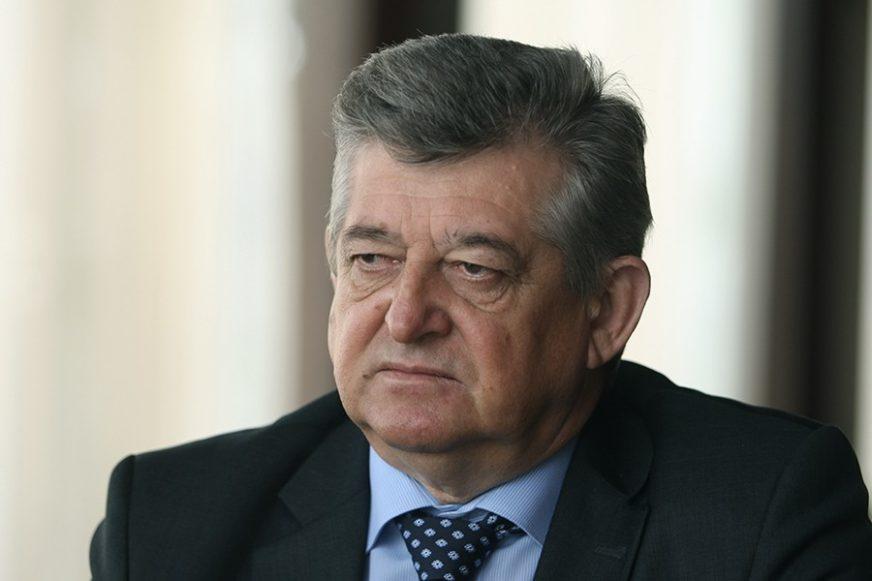 """""""BEZ VEĆIH OKUPLJANJA"""" Gradonačelnik Bijeljine uputio apel uoči praznika"""