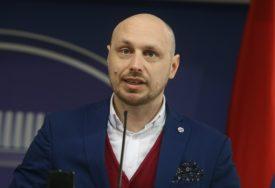 """""""BIĆE BURNA SJEDNICA"""" Petković poručuje da je vrijeme za NOVA PRAVILA PONAŠANJA"""