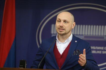 ZANIMAJU GA NAREDNI KORACI Petković pitao Milunovića kada će vratiti topli obrok zaposlenima u javnoj upravi