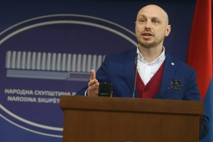 """""""BIJELI HLJEB"""" OSTAJE Petkovićev prijedlog nije dobio podršku u NSRS"""
