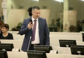 SVE DILEME OTKLONJENE Nešić i zvanično u nastavku mandata djeluje sa SDS i PDP u Parlamentu BiH