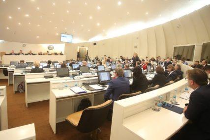HITNA SJEDNICA PREDSTAVNIČKOG DOMA BIH Na dnevnom redu izvještaj o postizanju saglasnosti zakona o budžetu
