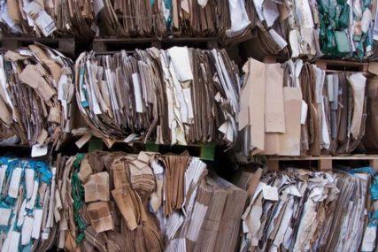 POLICIJA SAOPŠTILA ŠOKANTNE VIJESTI Bacili su kutiju na reciklažu ne sluteći šta se krije u njoj